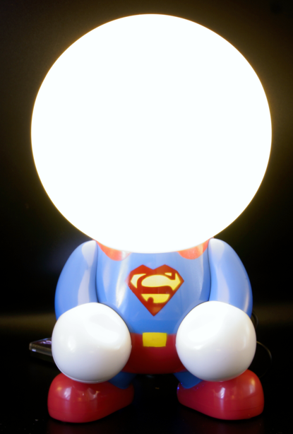superheld superman als led lampe im kinderzimmer. Black Bedroom Furniture Sets. Home Design Ideas