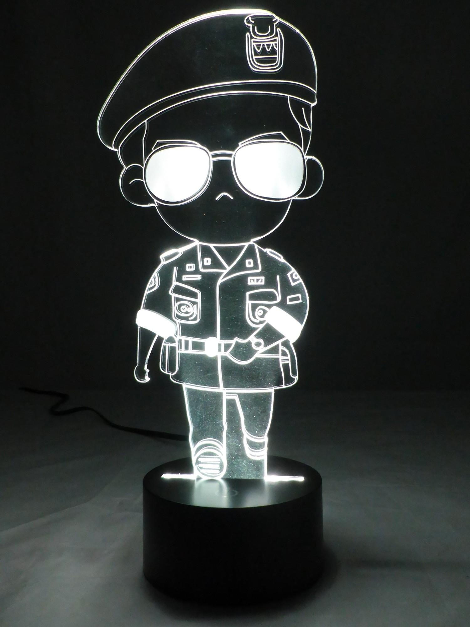 originelle 3d led lampe polizist. Black Bedroom Furniture Sets. Home Design Ideas