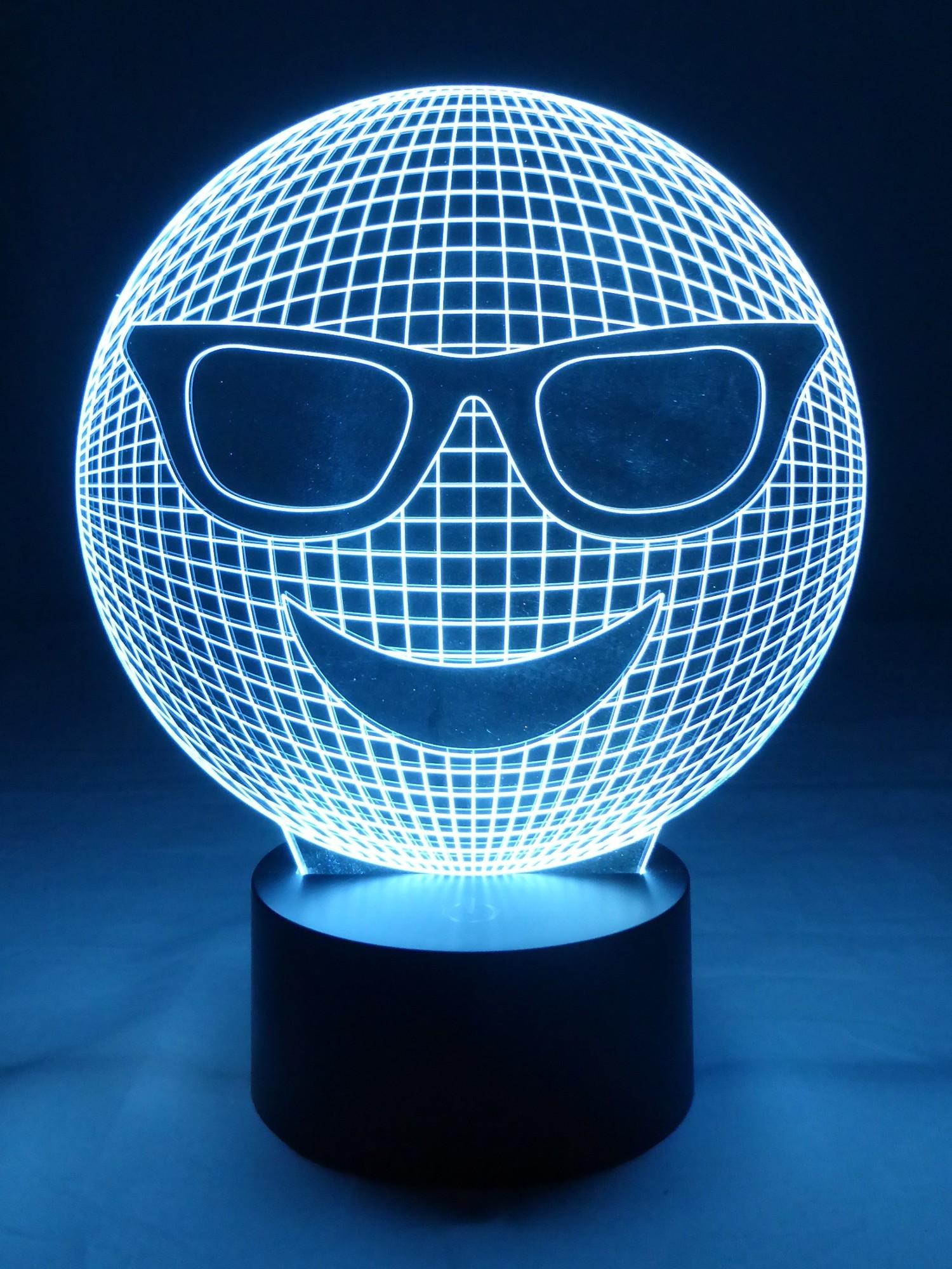 originelle 3d led lampe smiley tischlampe emoji mit 7 leuchtfarben. Black Bedroom Furniture Sets. Home Design Ideas